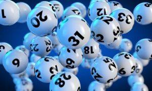 Informacje dla szczęściarzy - podatek od wygranej w lotto!